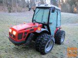 Traktor AGT 850