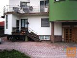 Vič-Rudnik Vrhovci 4 in večsobno 151 m2