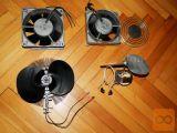 Dva Iskrina 220 V AC ventilatorja, modela MZB 0222