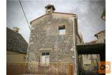 Prodamo Starejšo Hišo V Centru ŠTanjela  86  M2